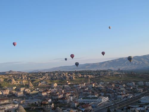 Early morning balloon ride above Cappadocia&#160;-&#160;<i>Photo:&#160;Ross Baker</i>