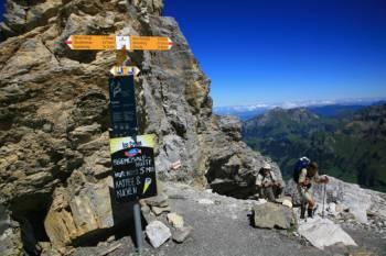 Waymarking and ice cream on the Alpine Pass Route&#160;-&#160;<i>Photo:&#160;Jon Millen</i>